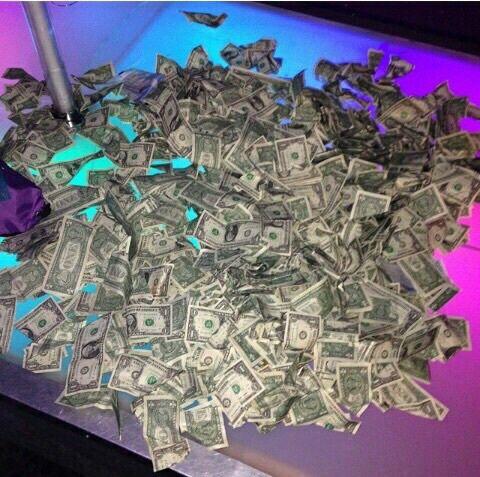 saving-your-money-stripper-lap-pole-dancing-career